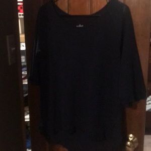 3/4 sweater w/overlay in back